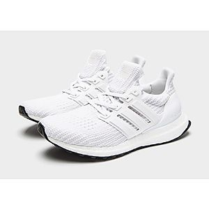 Ultra Boost in 2020 | Adidas women, Popular shoes, Adidas